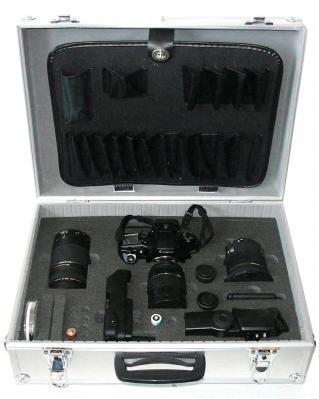 Kufr pro fotoaparát s příslušenstvím-obrazek